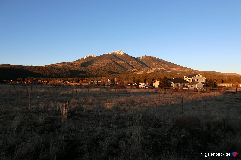 humphreys peak sunset. Black Bedroom Furniture Sets. Home Design Ideas
